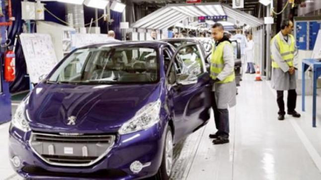 مصنع بوجو سيتروين Peugeot Citroen طالبين 600 منصب جديد من العمال الشباب ذكور وإناث
