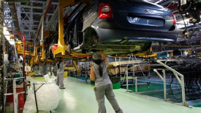مصنع Peugeot Citroen مطلوب 40 عامل وعاملة ابتداء من شهادة البكالوريا